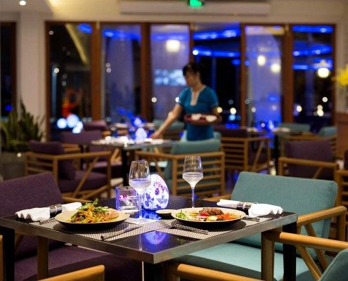 Pullman Danang Azure Beach Bar Lounge